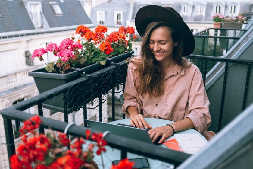 future-work-digital-nomad